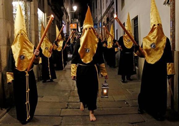 Procesión da humildade, Compostela