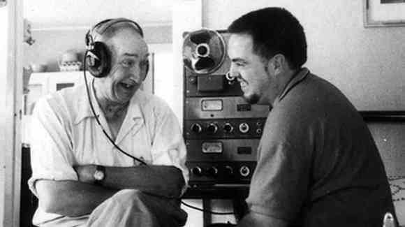 John e Alan Lomax, pai e fillo rexistrando o mundo en sons.